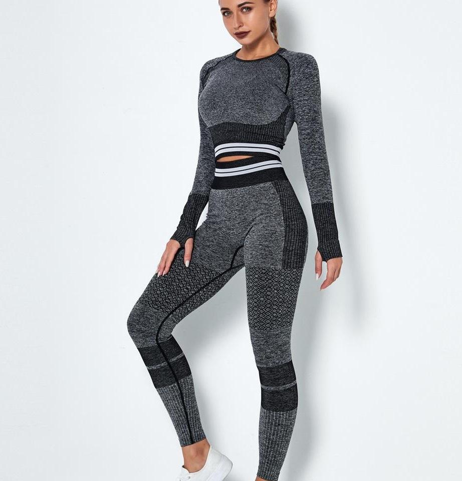 Tutes Thick Warm Moda Donna Designer Designer Yoga Align Pant Sport Due pezzi Set Set manica lunga Gymshark Gym Suit Fitness Sportwear Atletico Seamless