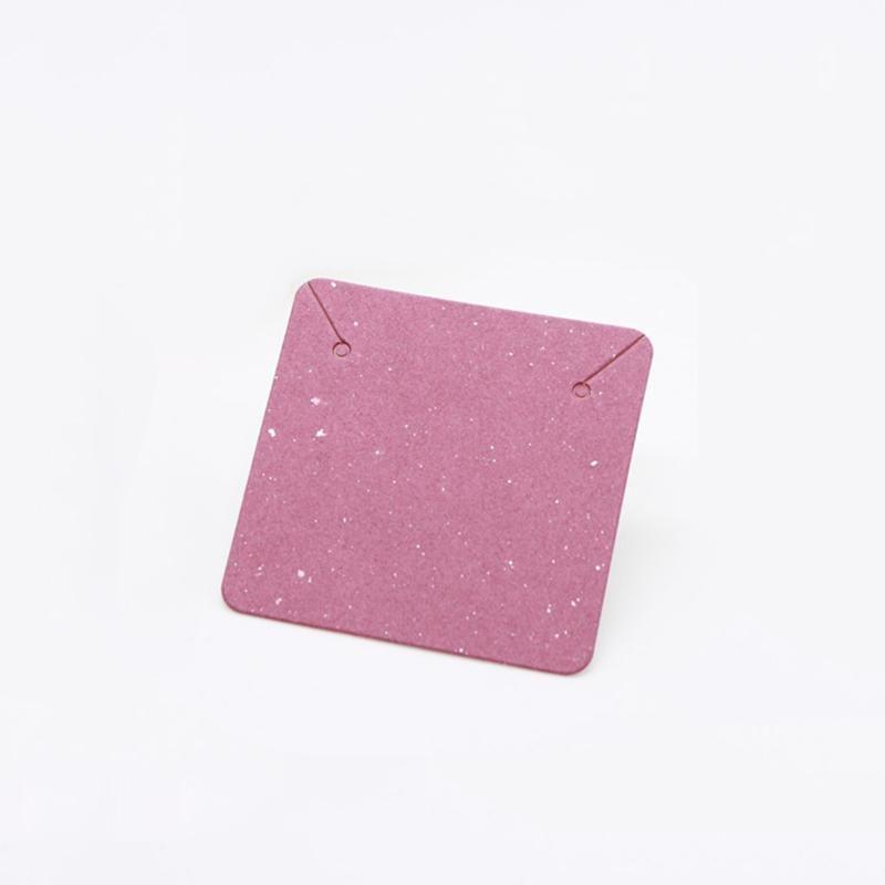 50pcs 5x5cm Collier Collier Emballage Collier Collier Affichage Titulaire Carton Cardboard Blank Kraft Paper Tags pour Carte d'affichage de bijoux DIY Q Sqcyyo