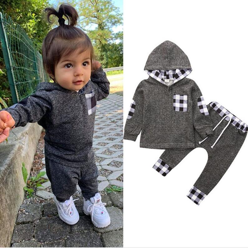 Chándales niños niñas niñas otoño invierno mangas largas con capucha con capucha suéter pantalones jalones de dos piezas conjunto Oufits Sports traje E121604