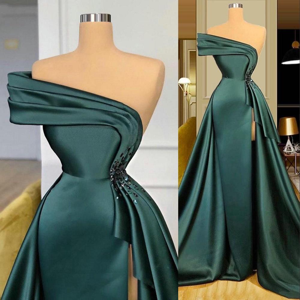 2021 New Long Dark Green Satin 이브닝 드레스 우아한 Ruched 크리스탈 비즈 분할 한 어깨 이브닝 가운 공식 여성 파티 드레스