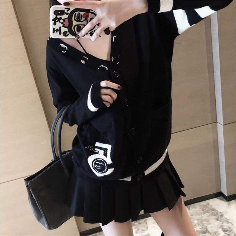 Inverno 2020 Maglione della manica lunga del maglione del maglione della manica lunga del cardigan Sexy Style Style Style Style Cappotto delle donne Trasporto libero