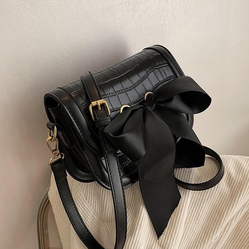 Women's Bow Quality Crossbody Bag 2021 Couro de fita PU Padrão Quadrado Designer Bolsa Crocodilo New Ombro Messenger Bag Tudej