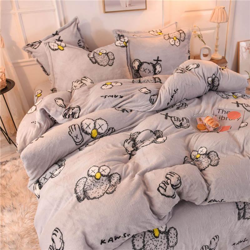 Kaws مجموعات الفراش 4 قطعة مجموعة المرجان الصوف وسادة القضية لحاف السرير ورقة الأزياء الفراش لوازم المنزل