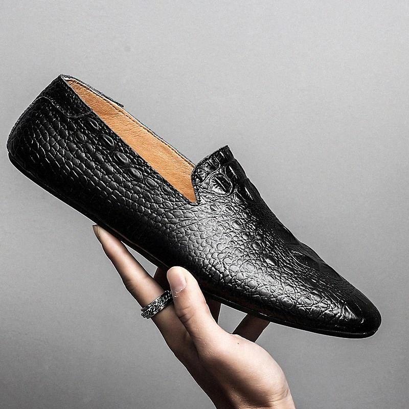 Hommes Chaussures Mocassins Véritable Cuir Casual Driving Slip sur Chaussures Mode Molidaires Mocassins En plein air Chaussures italiennes pour hommes L5 # XJ4P