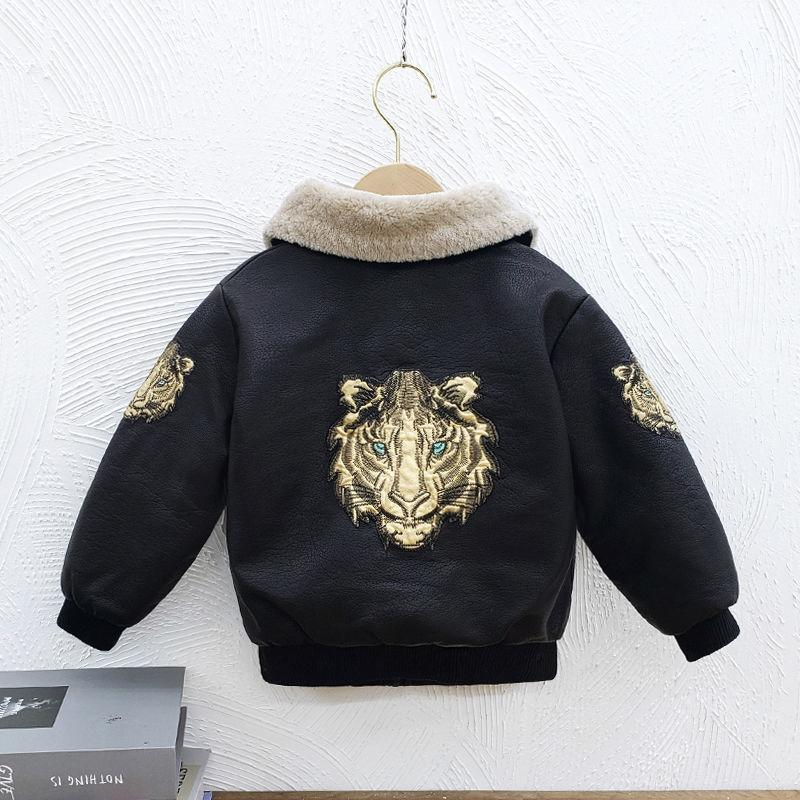 Boy Tiger Head Stickerei Lederjacke 2020 Herbst und Winter Neue Koreanische Version Männlich Baby Kleines und mittleres Kind plus Samt verdicken West