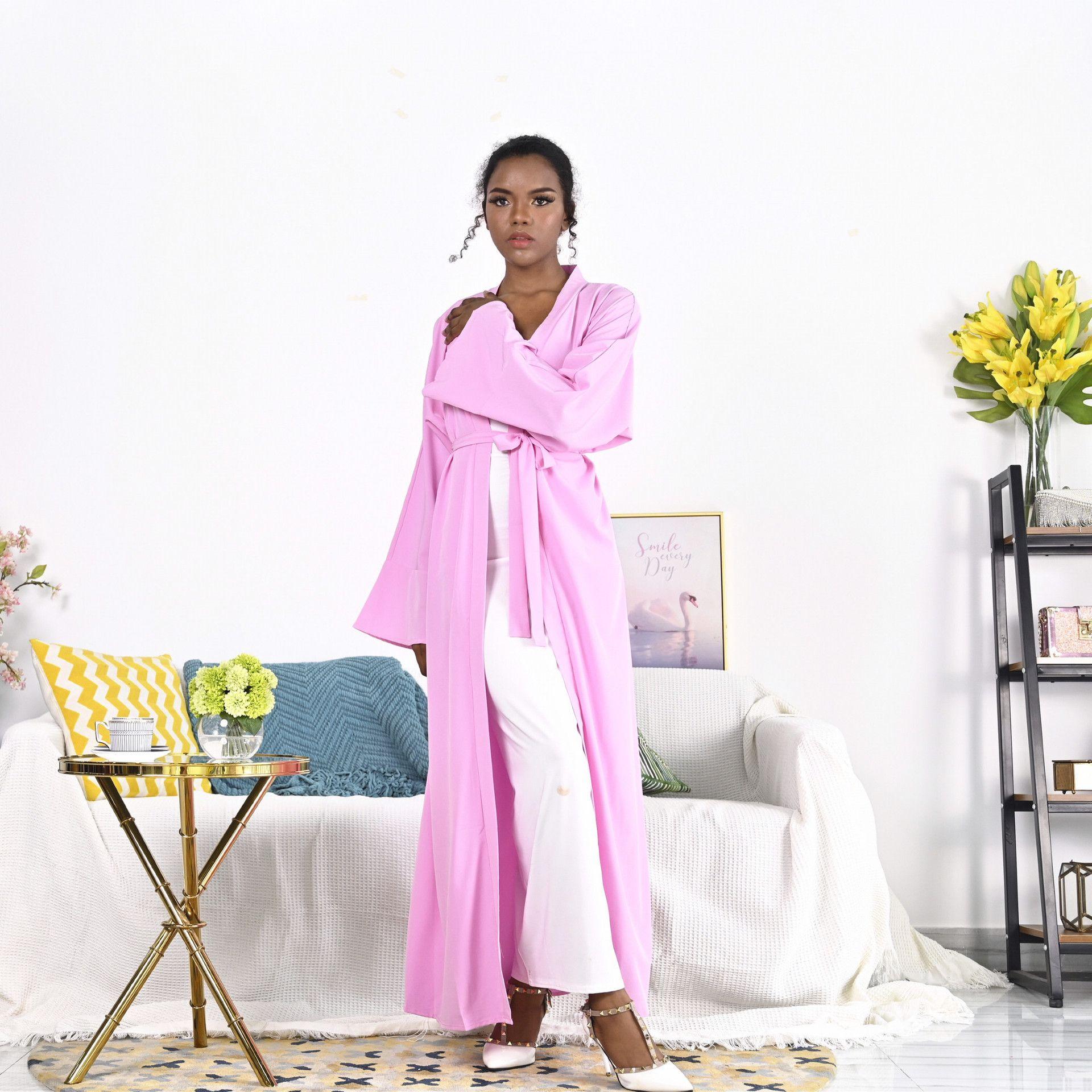Più recente Opend Cardigan Musulmano Kimono Robe Syari Syari Femminile Dress Silk Dress Seta Abaya Servizio di culto Abayas F1964