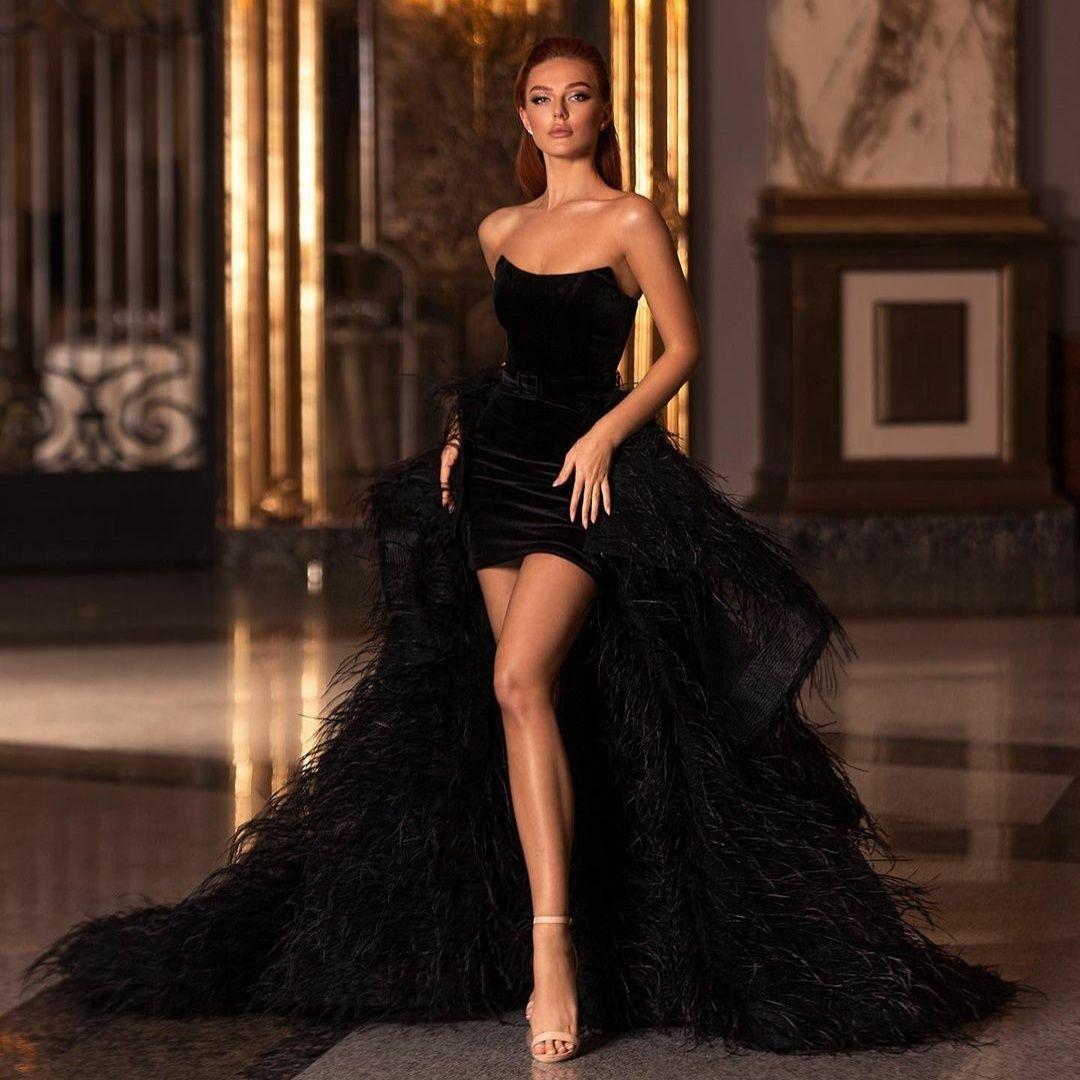 Luxurious Black Feather Overskirt Evening Dresses Strapless Velvet Short Prom Gowns Square with Detachable Train Customize vestido de novia