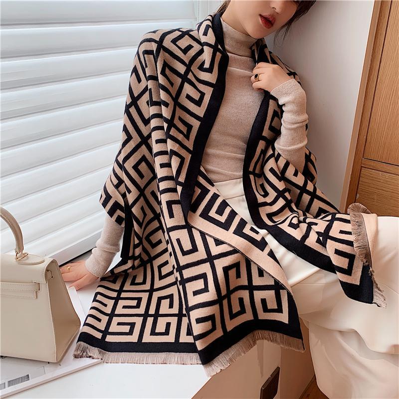 2020 Sciarpa invernale di lusso Scialle donna Scialle Lady Wraps Design Stampa Coperta calda Coperta Femminile Sciarpe di spessore