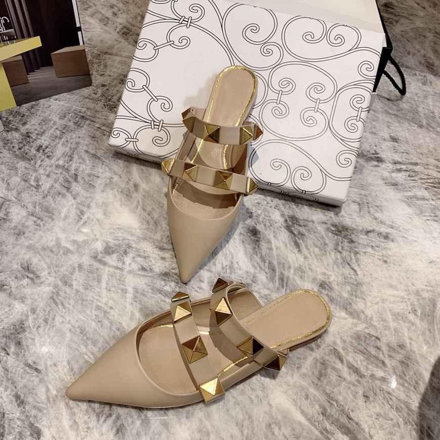 Valentino 2021 novos sapatos de alta qualidade desenhista de luxo chinelos com gabinete de metal apartamento sandálias casuais disponíveis em uma variedade de cores 35-40 H665