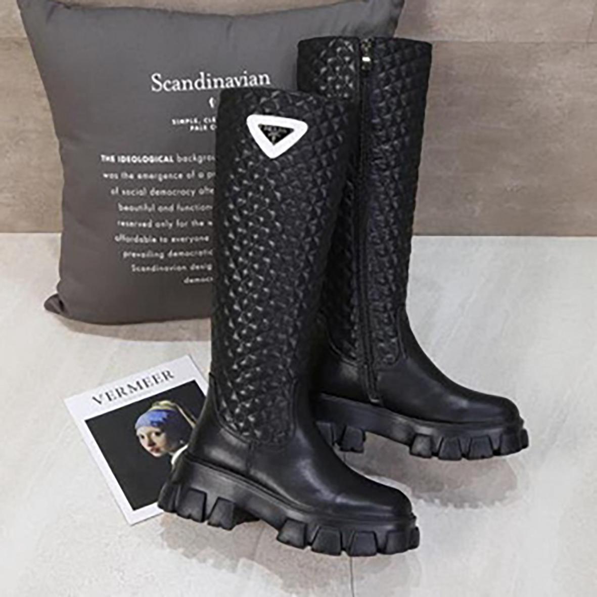 2021 Klasik Kadın Diz Çizmeler Moda Rahat Kadın Ayakkabı Yüksek Sonu Kaliteli Deri Bayanlar Boot Trend Tasarımcısı Siyah Bootis Kutusu