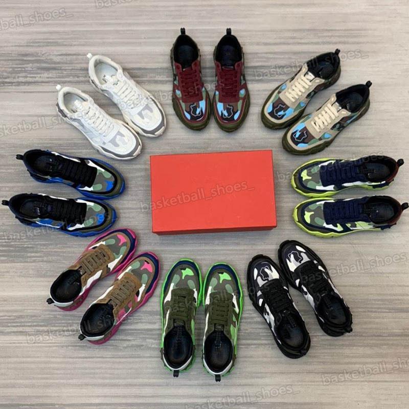 2021 homens luxurys designers de couro genuíno sapatos de moda abertos triplo triplo preto branco dos homens dos homens de tênis sapato de runnings