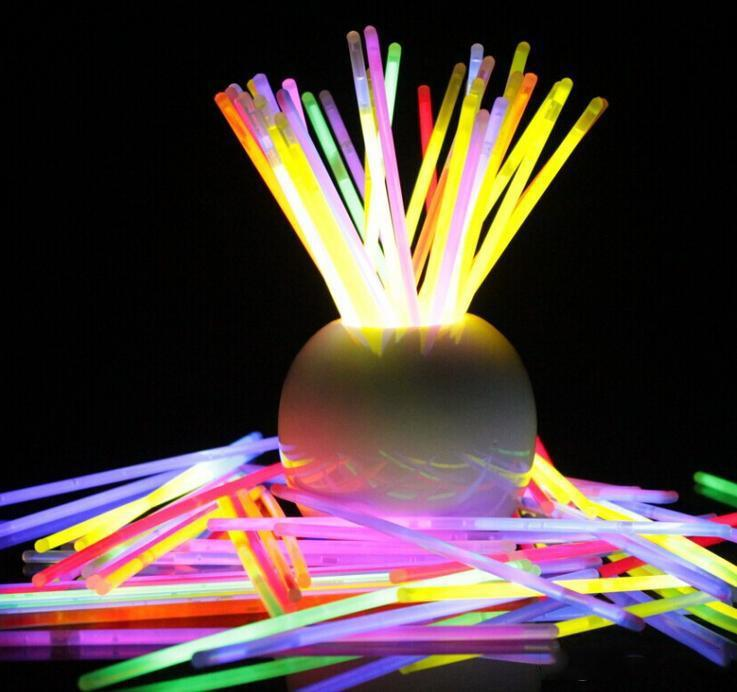 7.8'''Multi Couleur Chaud Stick Stick Bracelet Colliers Néon Fête LED Clignotant Light Stick Stick Baguette Jouet Jouet LED Concert vocal LED