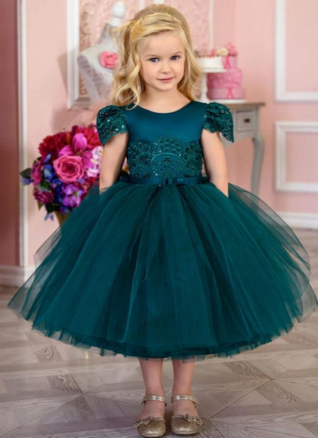 Cheap Hunter Green 2020 Flower Girl Dresses Ball Gown Lace Little Girl Wedding Dresses Cheap Communion Pageant Dresses Gowns ZJ7046