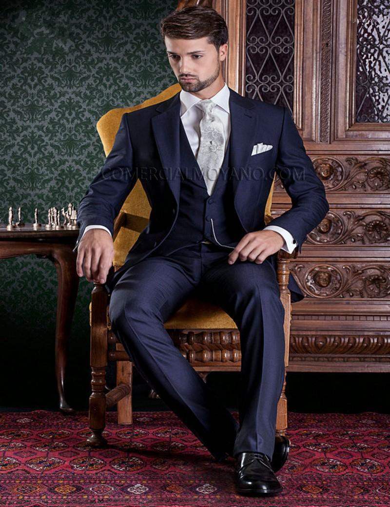 New Style Groomsmen Notch Solapa de la solapa TUXEDOS AZUL BLUE Los trajes de la boda Best Man Blazer (chaqueta + pantalones + corbata + chaleco) B9351