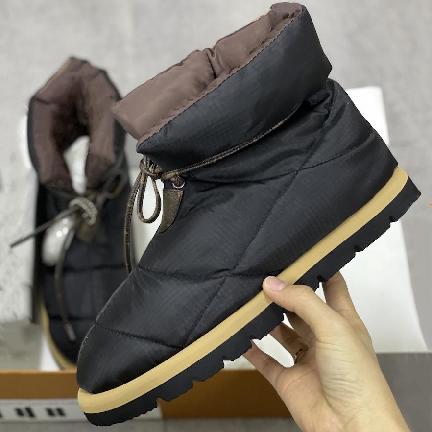 Зимняя подушка с плоским пониженным ботинкам Женщины дизайнеры платформы Boots Boots Высокое Качество Теплый печать FALTS Eiderdown на шнуровке снега загрузки 265