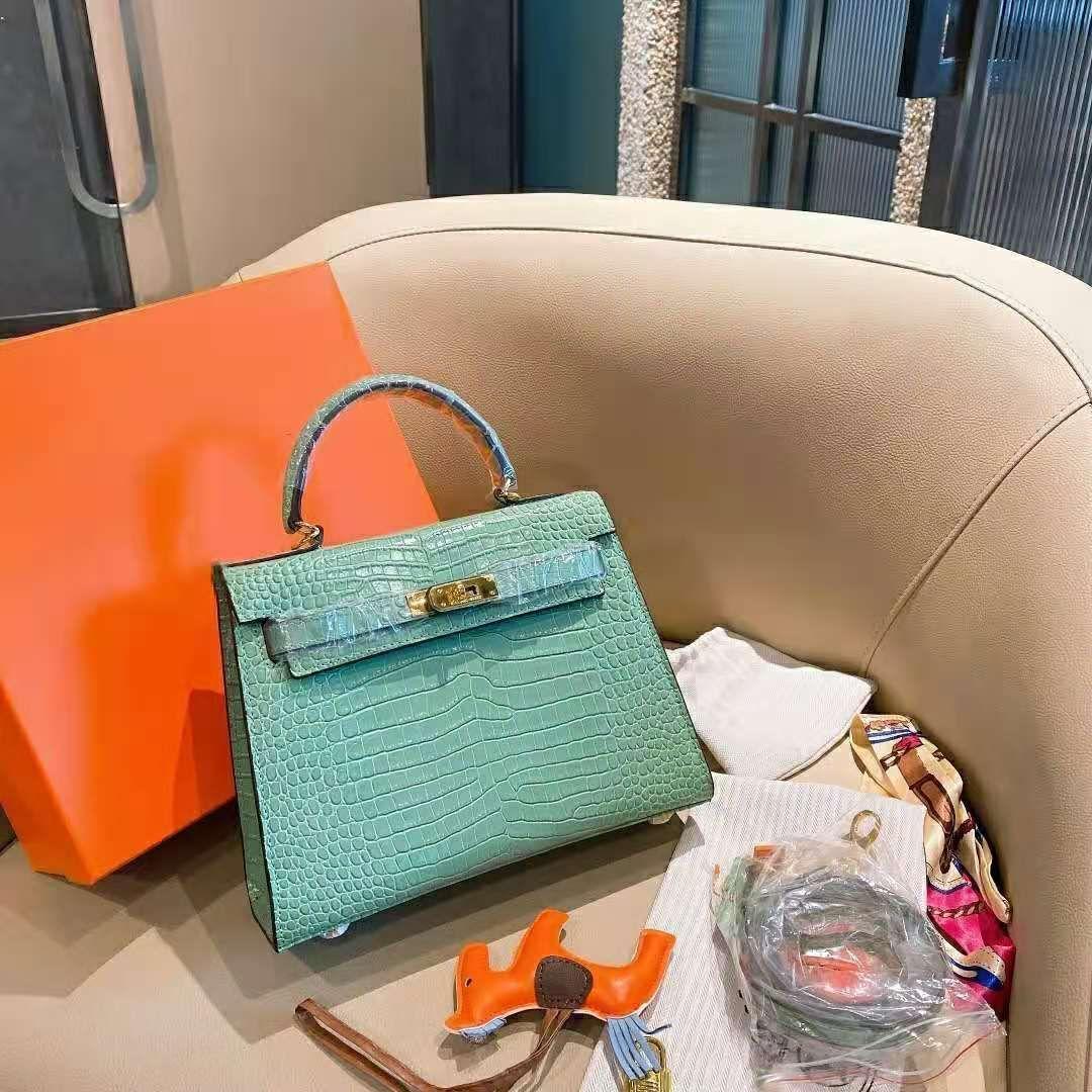 Handtasche Qualität Berühmte Luxurys Designer Handtaschen Heiße Designer Marke Frauen Verkauf Taschen Mode Handtaschen 2020 Luxurys Hohe Geldbörsen Backpac LCDs
