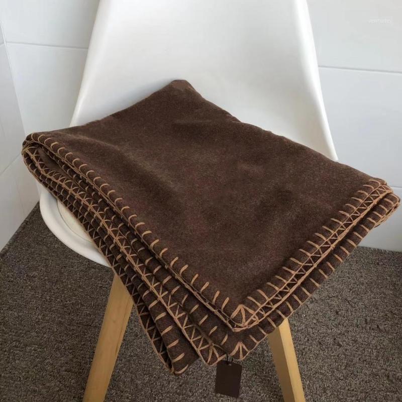 Caffè di lusso di lusso europeo e americano di lusso l color coperta scialle sciarpa aria condizionata divano aeromobile coperta coperta SHAWL1