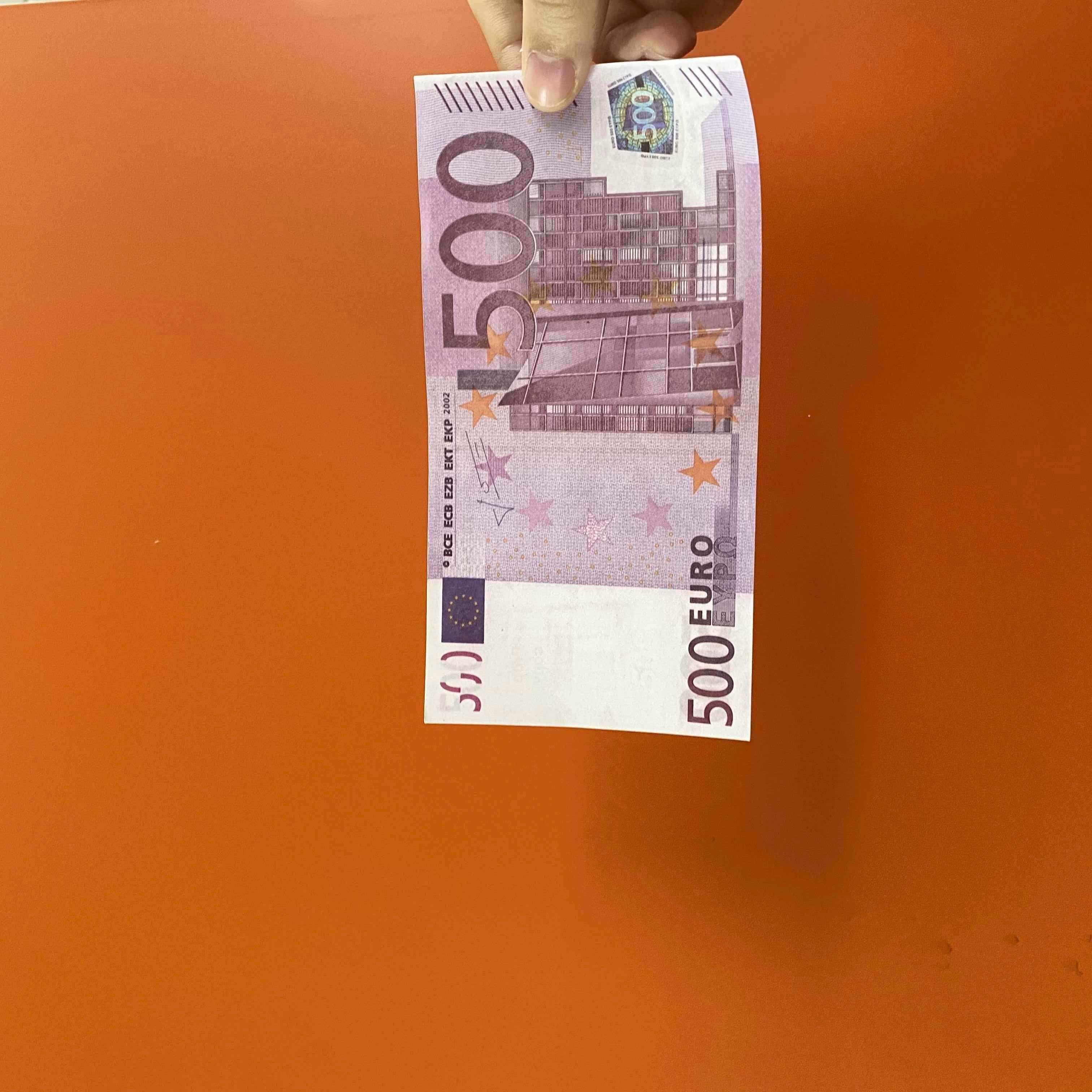Para realista Prop 500 Coleção Dinheiro US Kids Jogar Brinquedo 100 pcs / Pack Família A maioria das notas de cópia de papel Euros Game 030 ou QLQPV