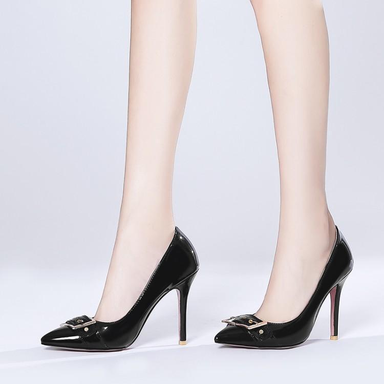 Bombas senhoras extragrandes saltos altos mulheres sapatos mulher Baitao apontou, rasa, sapatos finos de salto salto alto alto