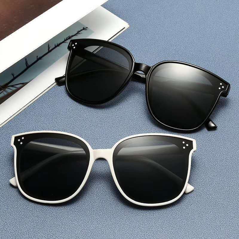 2020 Nuovo Design coreano Uomini Trendy GM GRANDE FRAME Occhiali da sole Donne Vintage Delicato Occhiali da sole oculos de sol feminino
