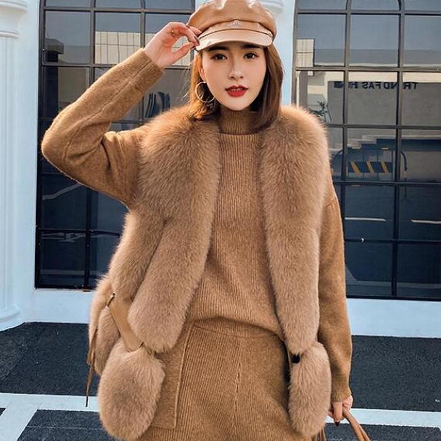 2020 Nouvelles femmes Vest de fourrure Fashion Hiver Véritable renard Gilets Gilets V-Col Vestes d'automne Dame Manteaux de qualité supérieure luxe
