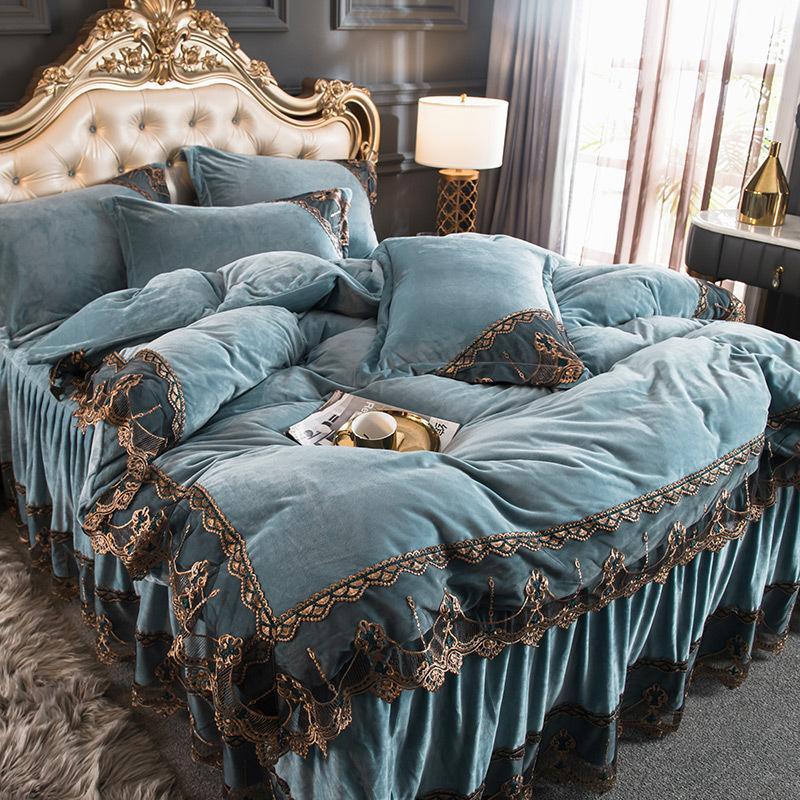 Quatro peças Bedding Sets estilo princesa Coral velo Luxo Double-sided veludo acolchoado Bed Skirt Lace flanela Duvet Cover cama
