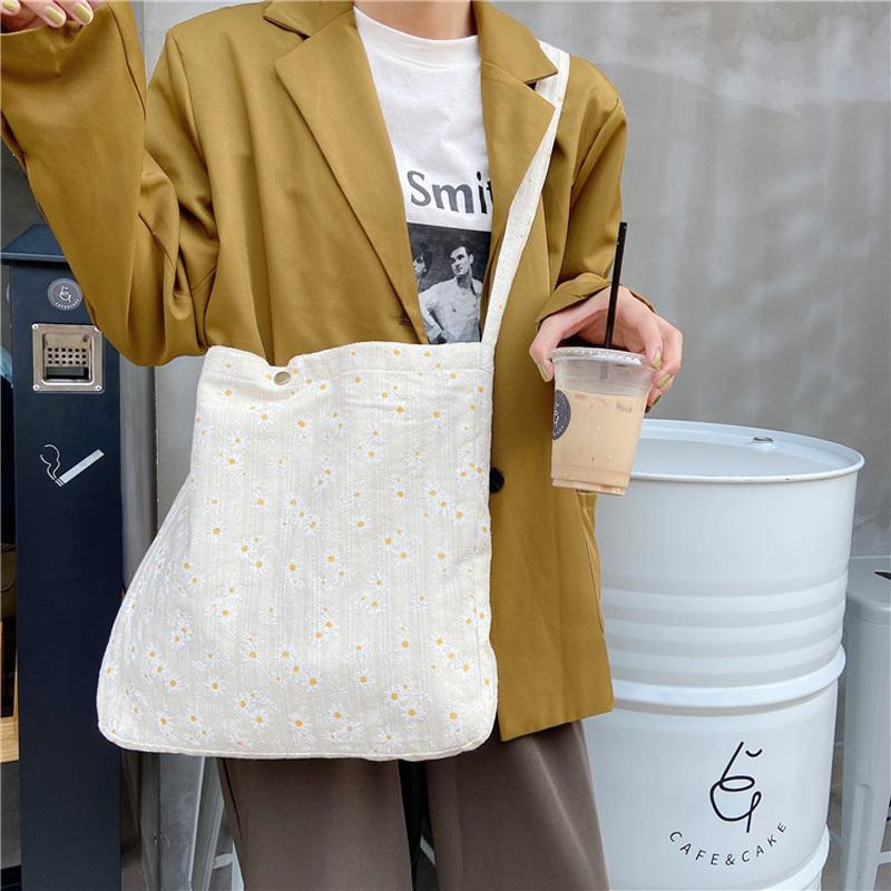 Livres de toile pour dames Shopping Daisy pour broderies Floral Volants Femmes Casual Design Sacs à main sacs sacs à bandoulière fourre-tout Filles BFNPW