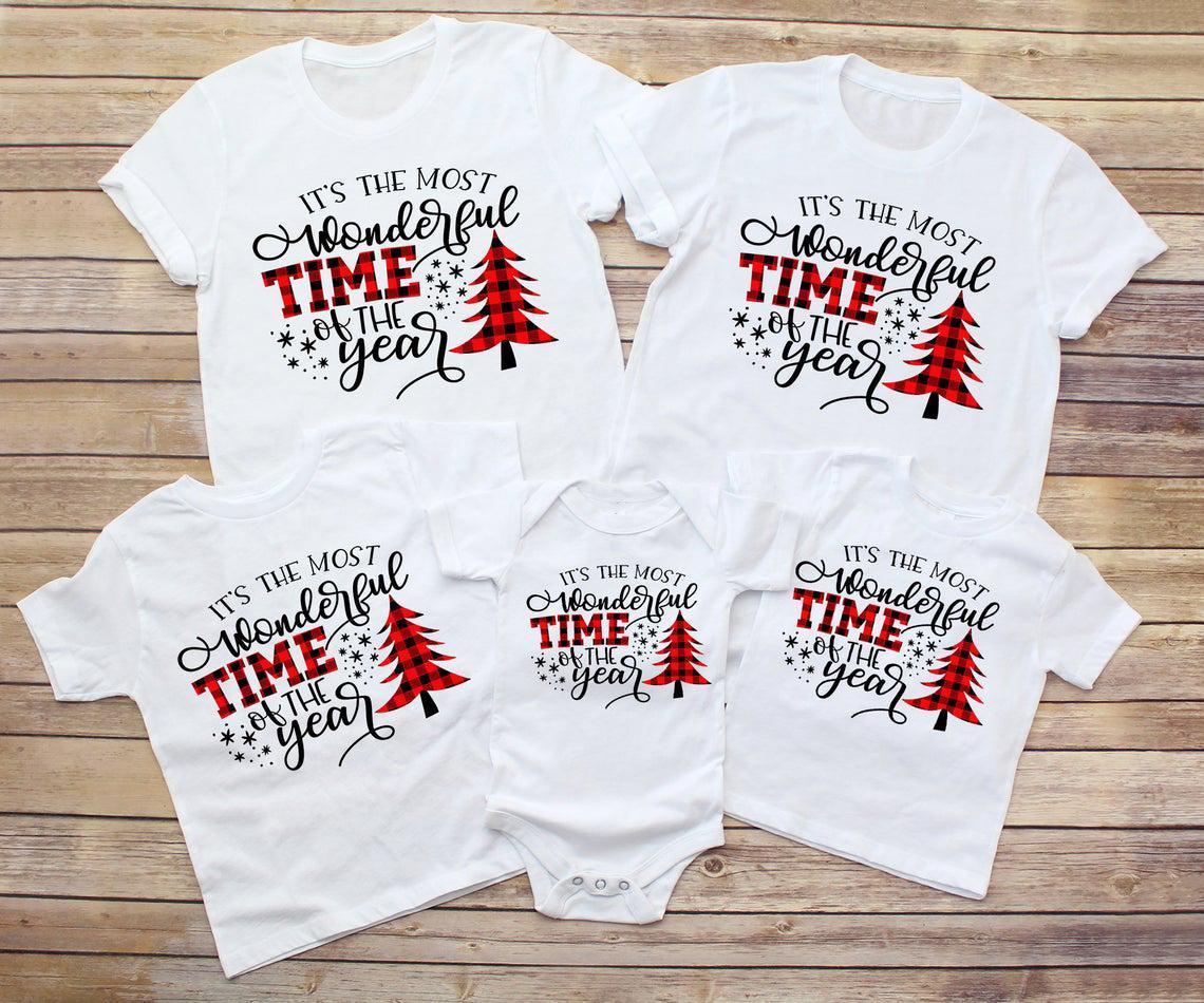1 unids Mas maravilloso Tiempo del Año Familia Combinando Camiseta de Navidad Baby Mamper Kids T Shirts Ropa de Navidad Pareja Camisetas