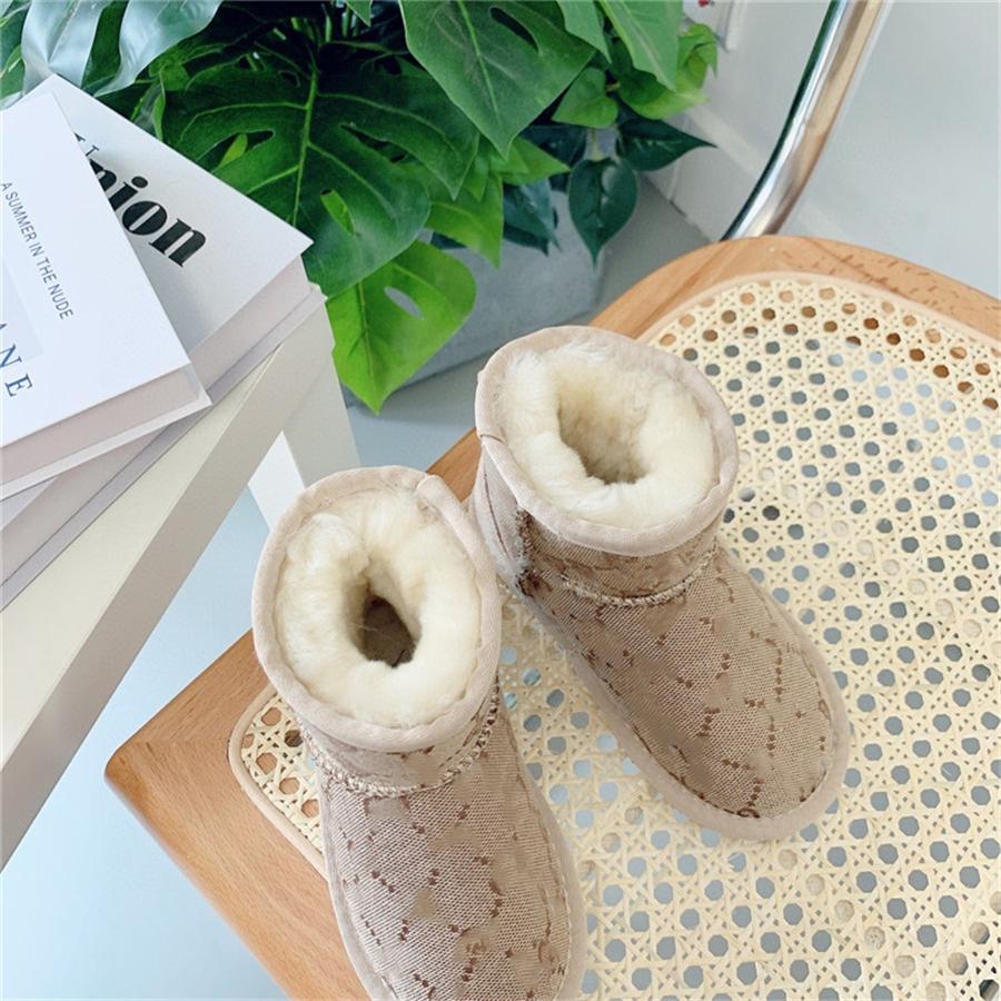 Niños Niños Nieve Invierno Impermeable Resistente a prueba de resbalones Calzado frío Zapatos Botas para niños pequeños Botas de peluche de peluche cálidas zapatillas de deporte # 954