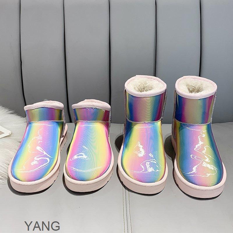 Inverno Street Photo Seven Color Rainbow Stivali da neve Stivali da sole 2020 Nuove scarpe da donna Scarpe Low Tube Tempo libero Peluche in cotone termico