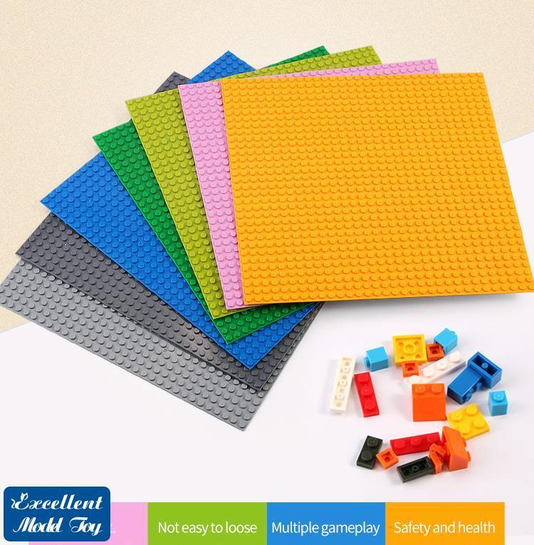 32 * 32 Punkte Bausteine Single-seitige Basis, 25,5 * 25,5 cm, Eltern-Kind-Interaktion, DIY-Montage-Pädagogisches Spielzeug, 13 Farben, Weihnachtskind-Geschenk, 2-1