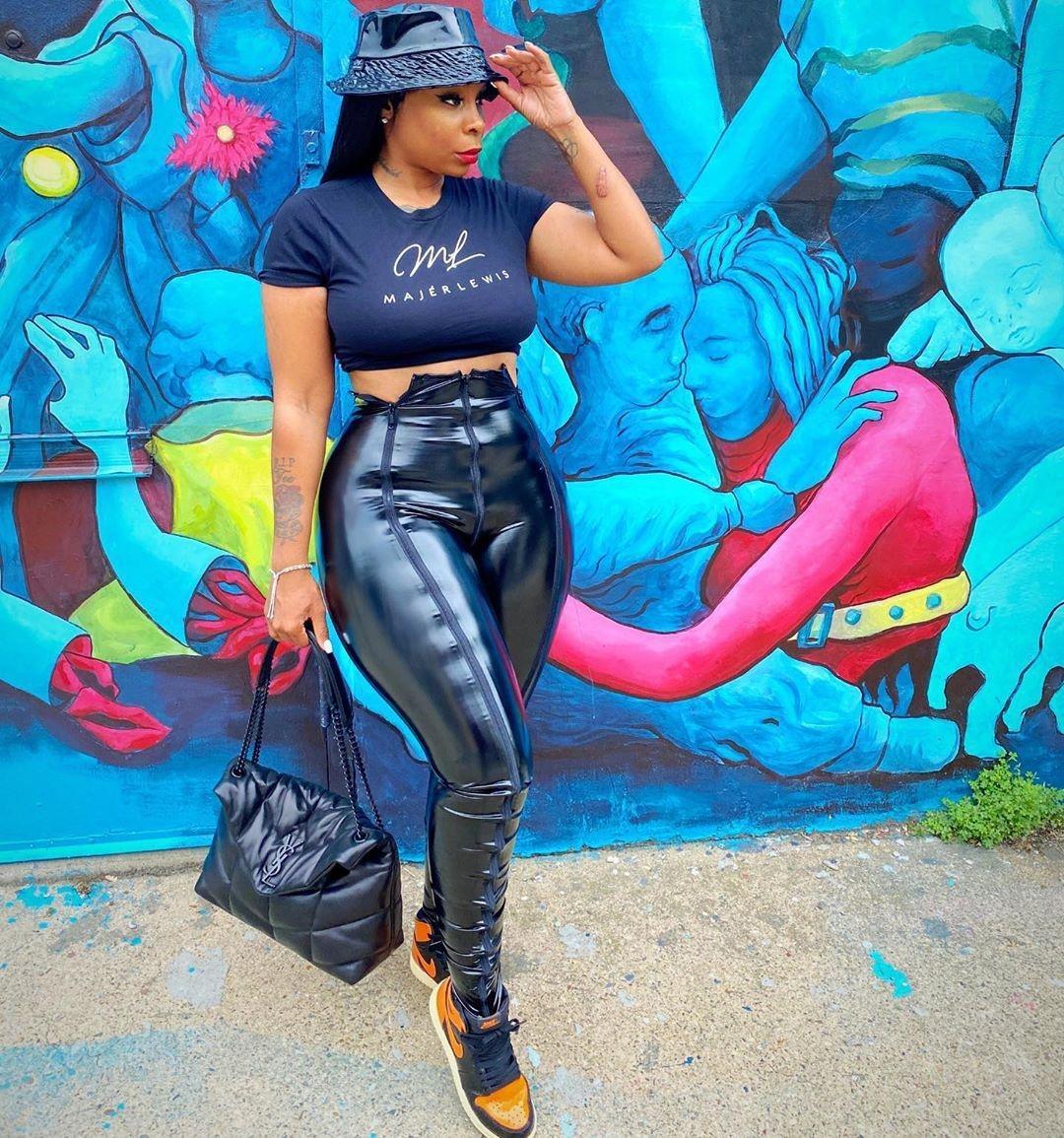 N43E Slim New Cintura alta de alta cintura Sello de oro Pantalones Yoga Impreso Fitness Hip 2019 Leggings Negros Pantalones de yoga de algodón