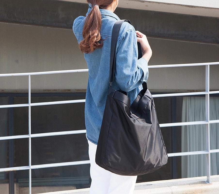 Женщины Спортивная сумка 2 ШТ. Сумка для тренажерный зал Сумка для тренажерный зал с кошельком Большой емкости Сумка для плеча Фитнес мужчины Повседневная Tote Messenger Сумки Z1124