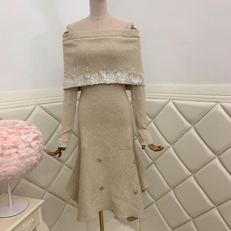 Günlük Elbiseler Kapalı Omuz Uzun Kollu Üç Boyutlu Elastik Yüksek Bel Nail Matkap Örme Elbise Kadınlar Için Sonbahar 2021 1030