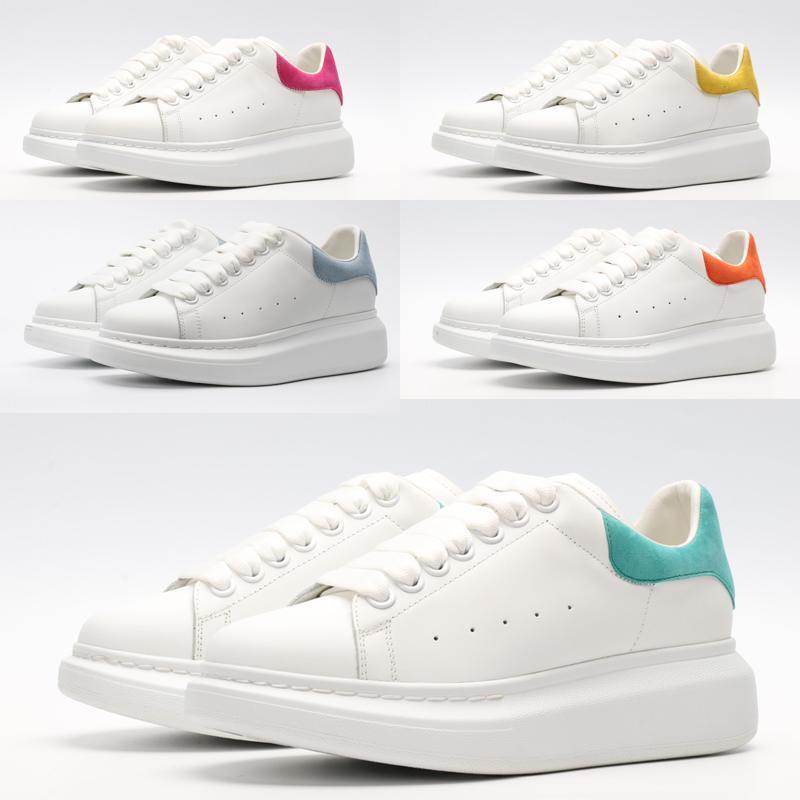 2021 جديد الرجال الأحذية عارضة الجلد المدبوغ المرأة الجلود الدانتيل يصل ثلاثي ثلاثية المنصة الوحيد أحذية رياضية أبيض أسود عارضة الأحذية حجم 35-45