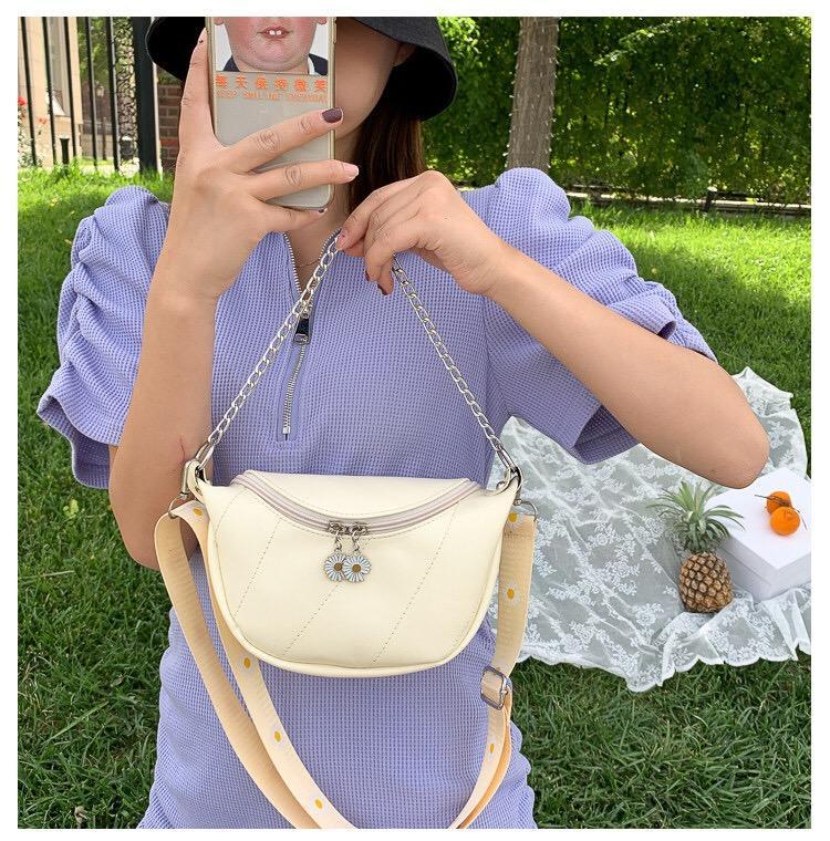 Chest bag, female fashion waist bag, small flower, wide shoulder strap, sports cycling bag mini one-shoulder cross-body bag coin purse