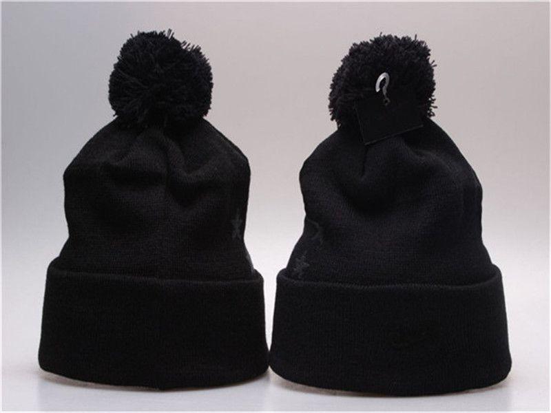 Novo Stamping Inverno Chapéus para Homens Mulheres Malha Pom Pom Poms Chapéu Brand Beanie Beanie Hat Ladiesthicken Hedging Quente Croqueiros Feminino Bone