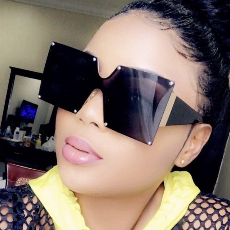Unisex Fashion 2020 New Ladies Square Goggle Shades Vintage Designer de Brand Oversized Sunglasses para mulheres Mrsqf