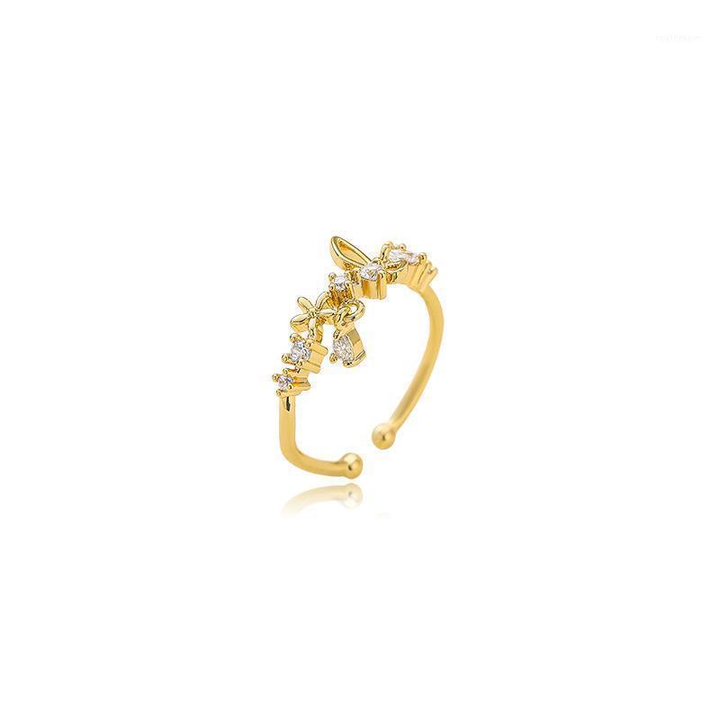 2020 Новые регулируемые контрактные открытия сладких топливых цветов Старшие кольца женщины металлические полые хрустальные бабочки модный блестящие кольца1
