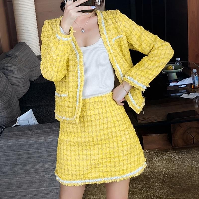 Moda amarilla plaid 2 piezas conjunto otoño invierno mujeres mano tejido perlas tweed chaqueta abrigo + encuadro de la falda de lana de la cintura alta 201027