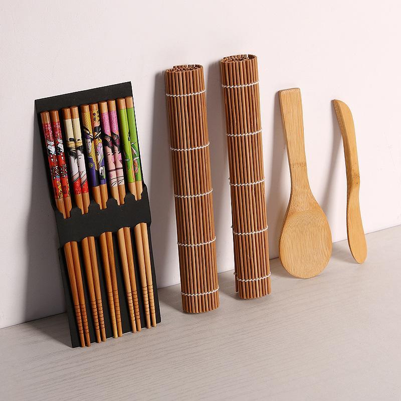 Sushi Fabriquer des outils Bamboo Sushi Kit comprenant 2 tapis roulants 1 paddle 1 épandeur 5 paires de baguettes WB3037