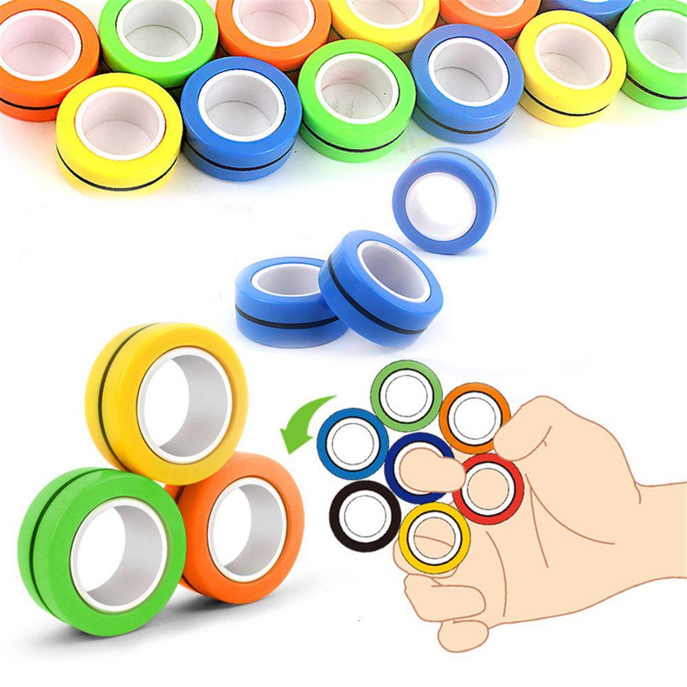 Relivering Bague Soulagement Toy Anti-Stress Stress 3pcs / Set Bague de doigts magnétiques Jouets Anneaux magnétiques pour adultes Cadeaux pour enfants