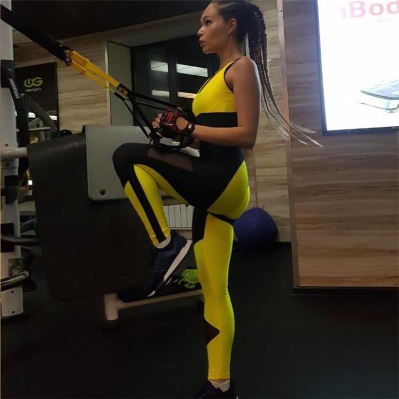 Conjuntos de ejecución Sexy Black Fitness Suit Yoga Set de manga larga Gimnasio 2021 Mujeres Sportswear Leggings apretados Jumpsuit Traje de entrenamiento Ropa