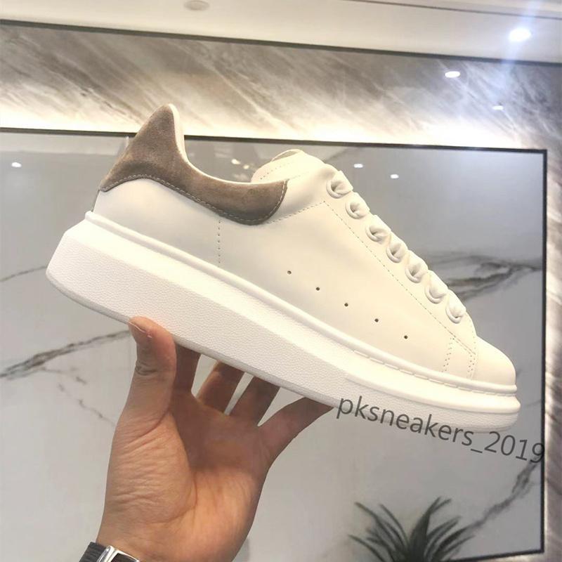 Hommes Femmes Entraîneurs de plateforme en cuir blanc réfléchissant Chaussures de plate-forme Top Qualité Femme Mens Casual Partie Casual Chaussures De Mariage Sports Noir Share Sports