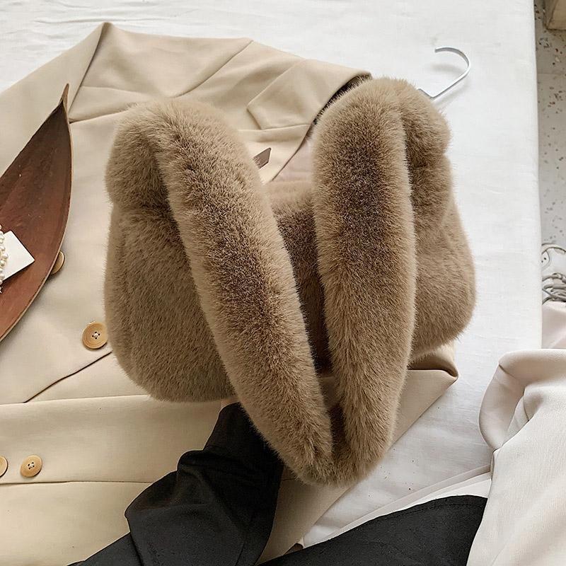 2020 New Bag Girl Faux Fur Hombro Hembra para ir de compras Bolsos de invierno Bolsos de invierno Bolsos suaves Bolso lindo Mujeres Pollos de peluche Xiinx