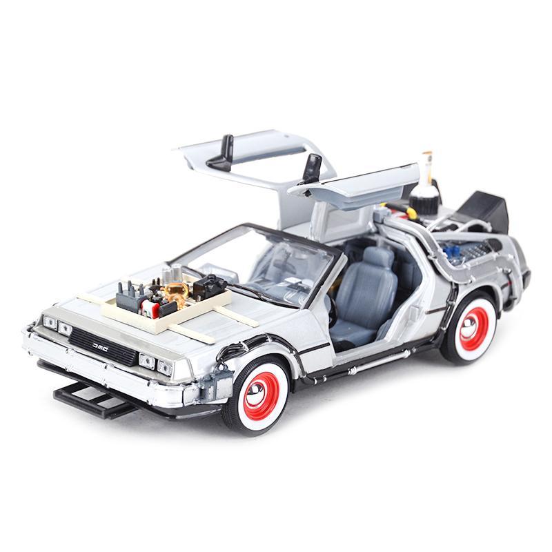 WELLY 1:24 DMC-12 Delorische Zeitmaschine Zurück in die Zukunft Auto Statik Die Gussfahrzeuge Sammeln Modell Auto Spielzeug 210128