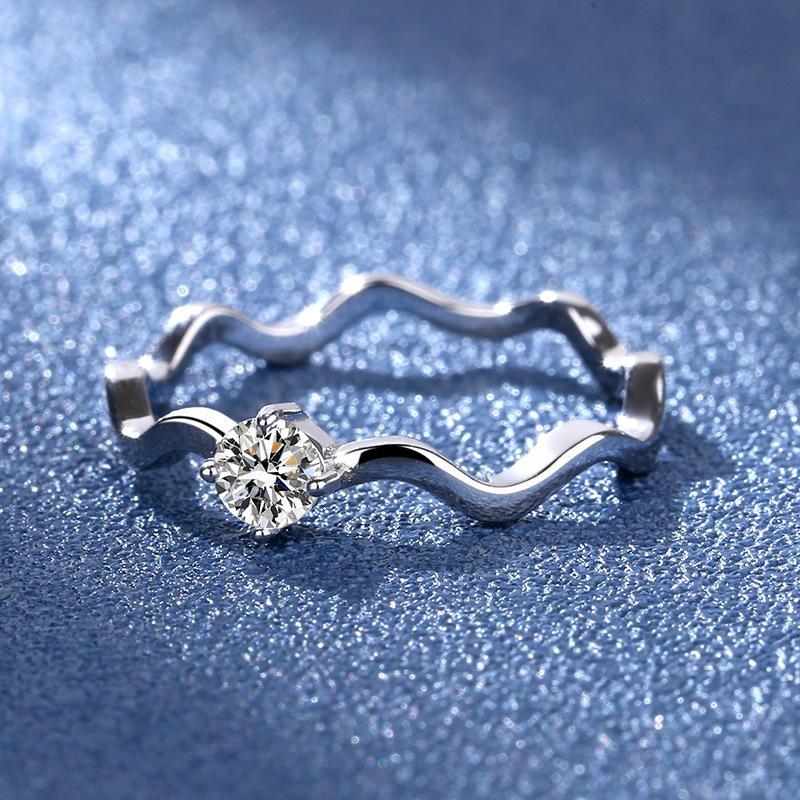 Sterling Silver S925 Moissanite Anillo Plateado 20K ORO AU750 Four-Glaw Propuesta Anillo de diamante artificial Mujer con certificado