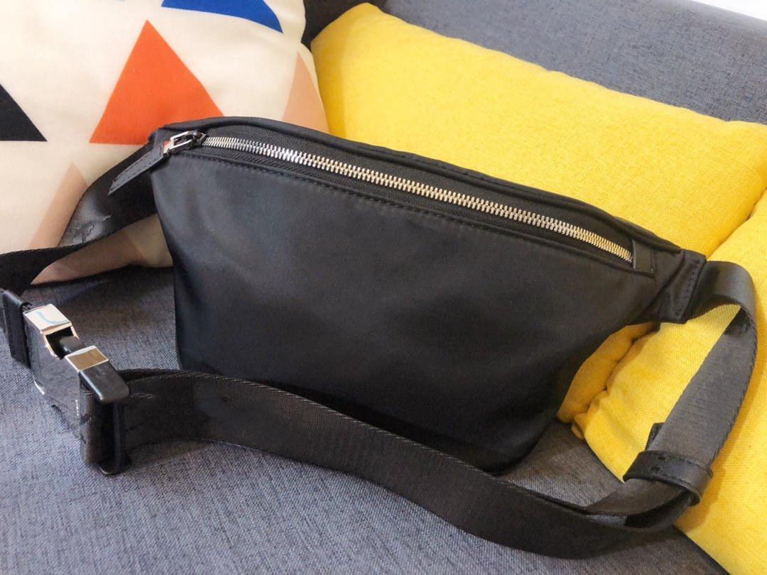 Bolso de venta de color bolso de ocio bolso de cuero de cuero para hombres y mujeres de alta calidad Cofre de moda caliente deportes de bolso sólido Nuevo bolso de moda SIHE