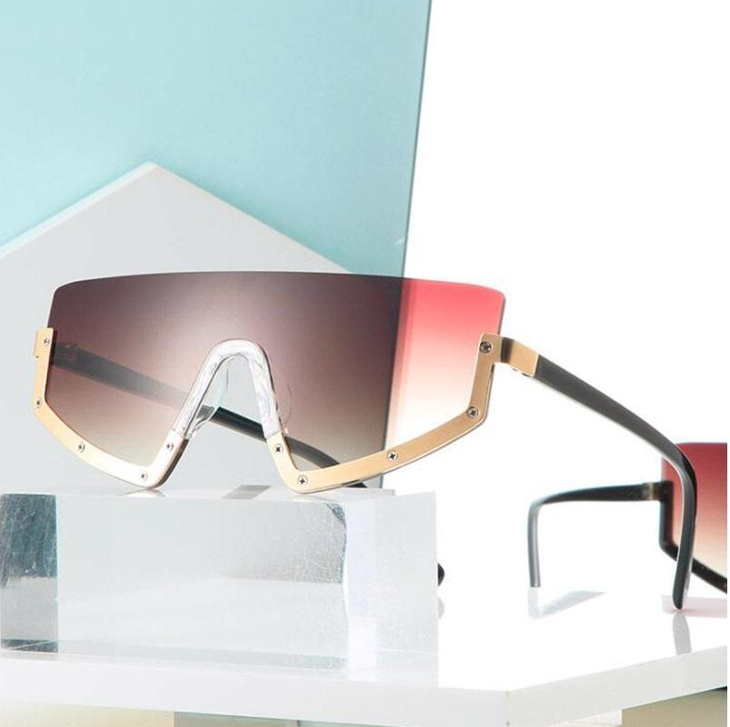 Güneş Gözlüğü Düzensiz Kare Degrade Kadınlar 2021 Trendy Ünlü Marka Tasarımcısı Perçin Yarım Çerçeve Lens Shades Gözlük UV400