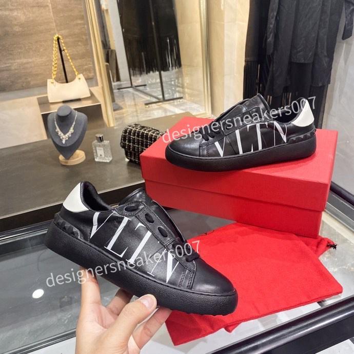 2021top Hombre Moda Hombres Mujeres Cuero Zapatos transpirables Open Sneakers Sports Sneakers YH200907